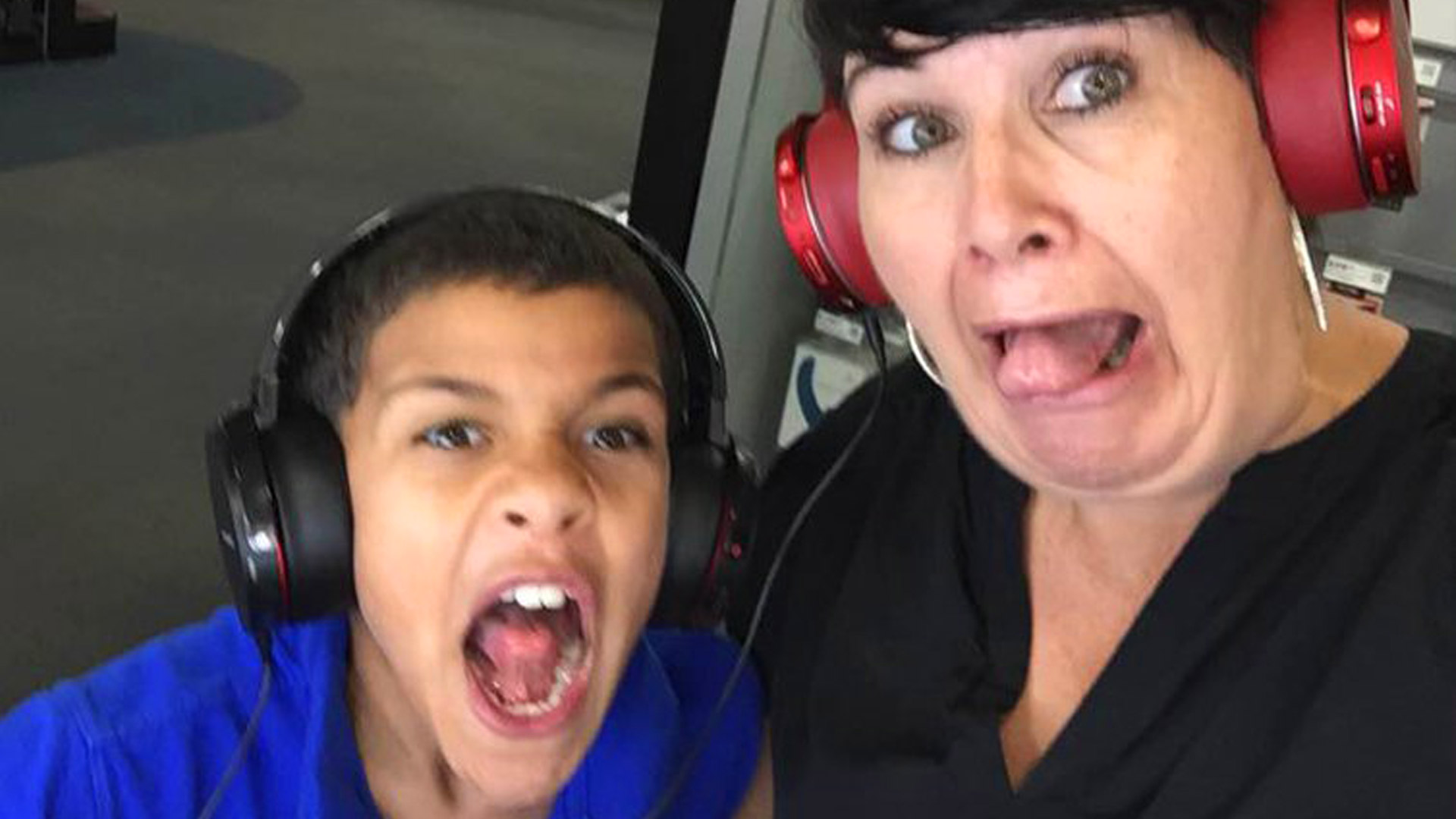 Popzara Podcast Mother and Daughter: A Generational Gaming Journey