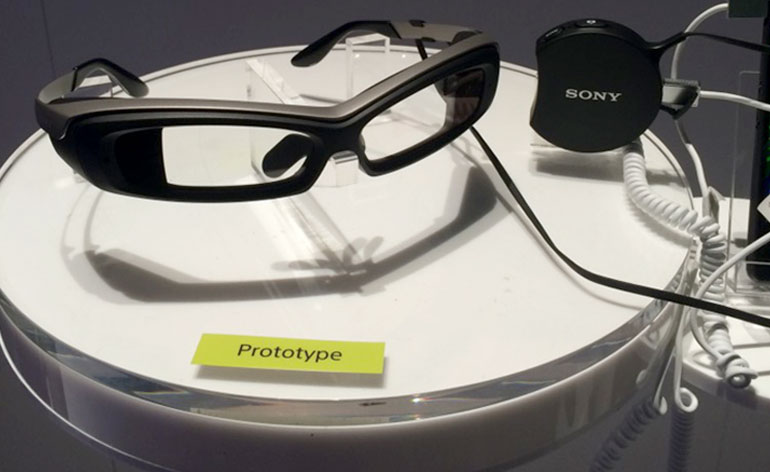 CES 2015: Sony SmartEyeGlass Hands-On