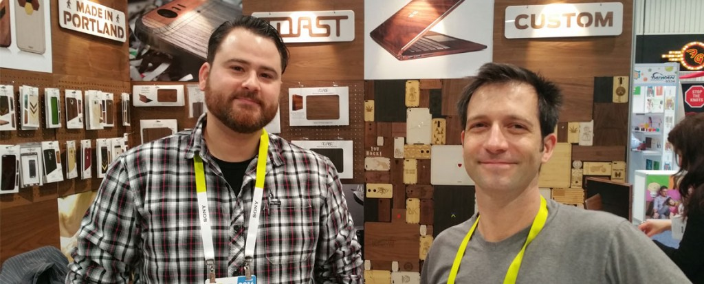 CES 2016: Toast Naturally Protects Your Phone, Laptop, and Console With Wood